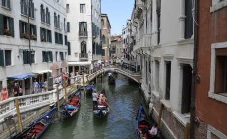 Veneza | A Daughter of the World