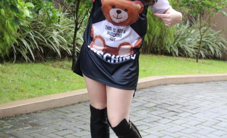 Tshirt-dress com estampa Moschino | Adornos Femininos