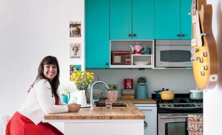 A decoração colorida do apê da Raiza | Casa Cafeína