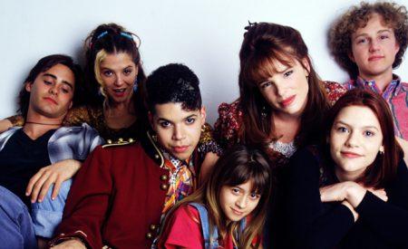 Séries dos anos 90 que valem a pena ver de novo | Sonhando Acordada