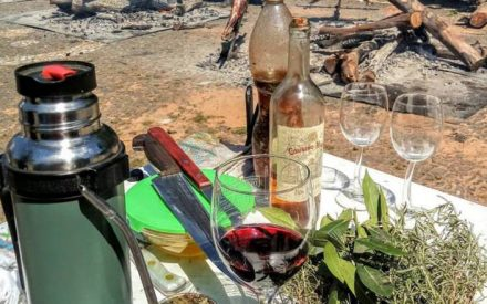 Cordeiro & Vinho na fronteira entre Brasil e Uruguai   Garfo e Mala